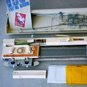 ماشین بافندگی برادر مدل 840 باکشباف تميز