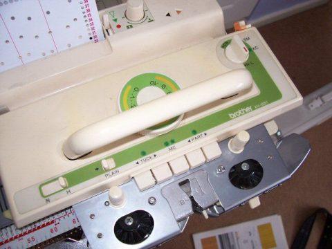 ماشین بافندگی برادر مدل 881 بدون کشباف