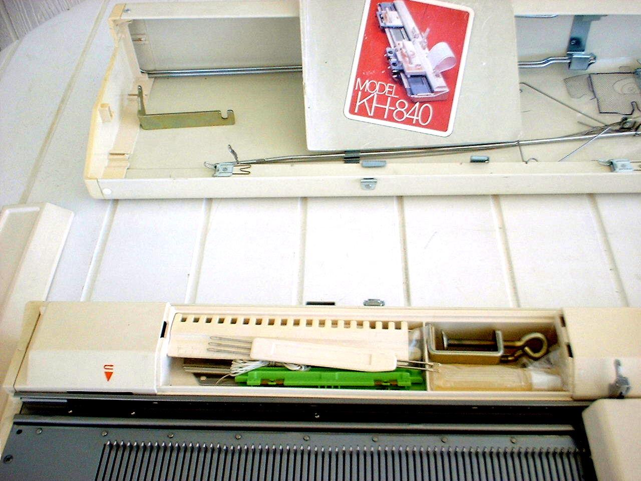 لوازم جعبه ابزار و تک گل ماشین بافندگی برادر 840