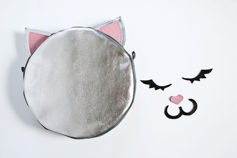 https://www.shirazjanome.com/Files/MyDocuments/image/Kitty%20Bag/Kitty%2014.jpg